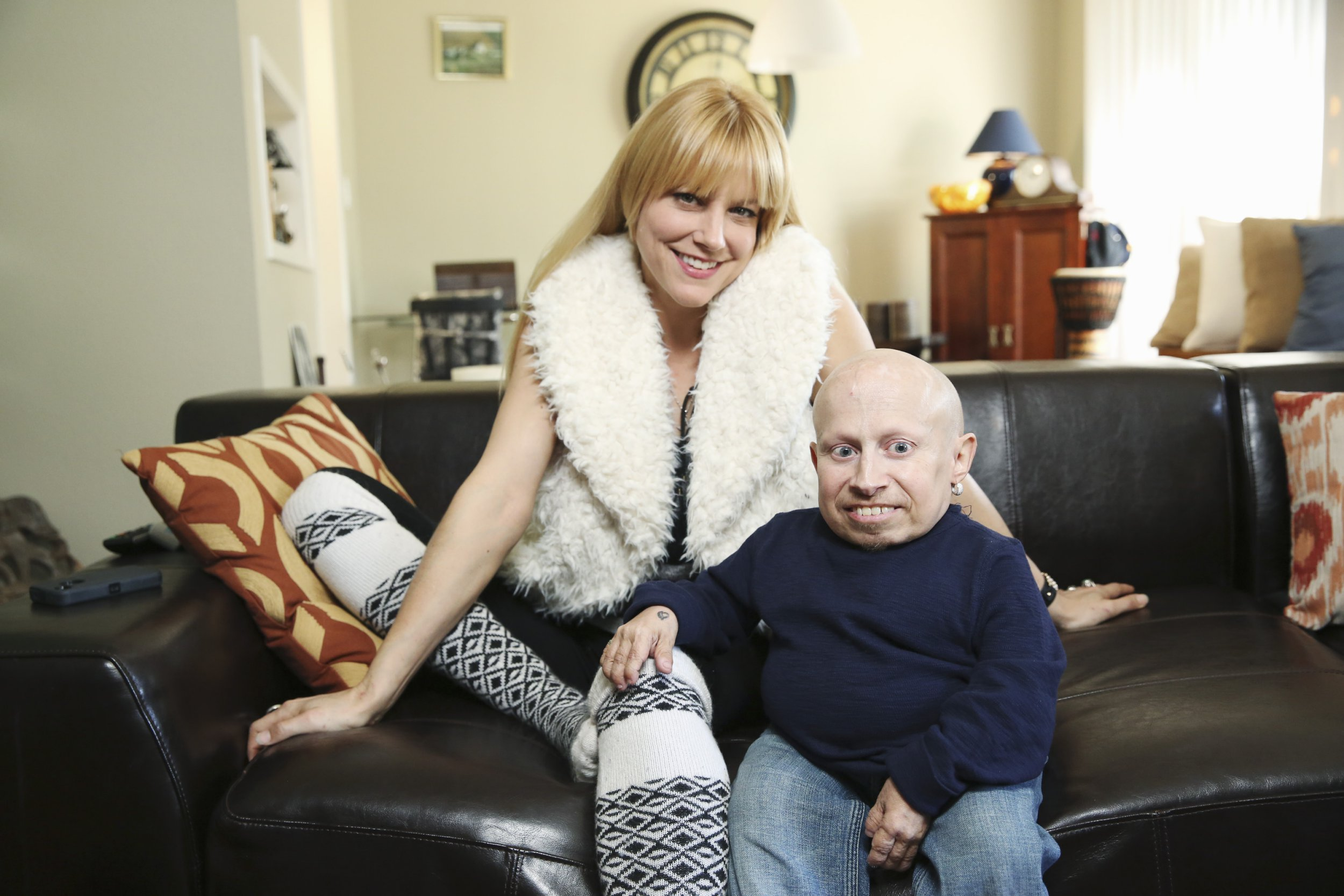 "CELEBRITY WIFE SWAP - ""Verne Troyer/Hines Ward"" - Actor Verne Troyer (""Austin Powers"") and former NFL wide receiver Hines Ward (""Dancing with the Stars"") are featured on ""Celebrity Wife Swap,"" WEDNESDAY, MAY 27 (10:00--11:00 p.m., ET) on the ABC Television Network. Verne Troyer is best known for his role as Mini-Me in the Austin Powers movie franchise. He resides in Los Angeles, CA with his girlfriend Brittney and her son Tyson where Brittney takes the lead on parenting Tyson who is allowed to have ""free range,"" coming and going as he pleases. Verne finds it hard to navigate and go outside without being recognized, so as a result, he enjoys spending the majority of his time at home in his game room, which is the only room in his home designed to accommodate his small stature. (Photo by Adam Taylor/ABC via Getty Images)"