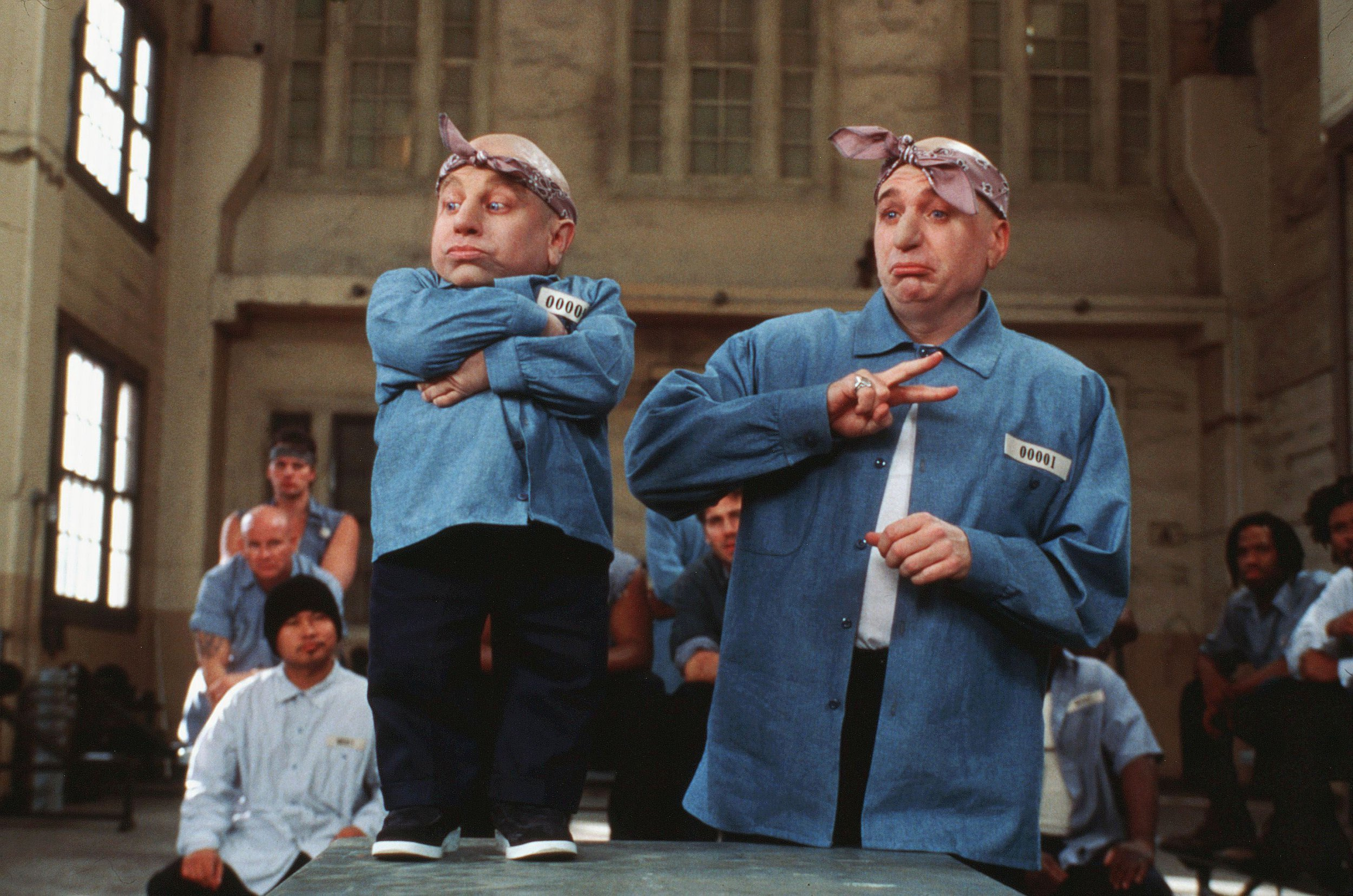 'I hope he's in a better place': Mike Myers pays tribute as Austin Powers star Verne Troyer dies aged 49