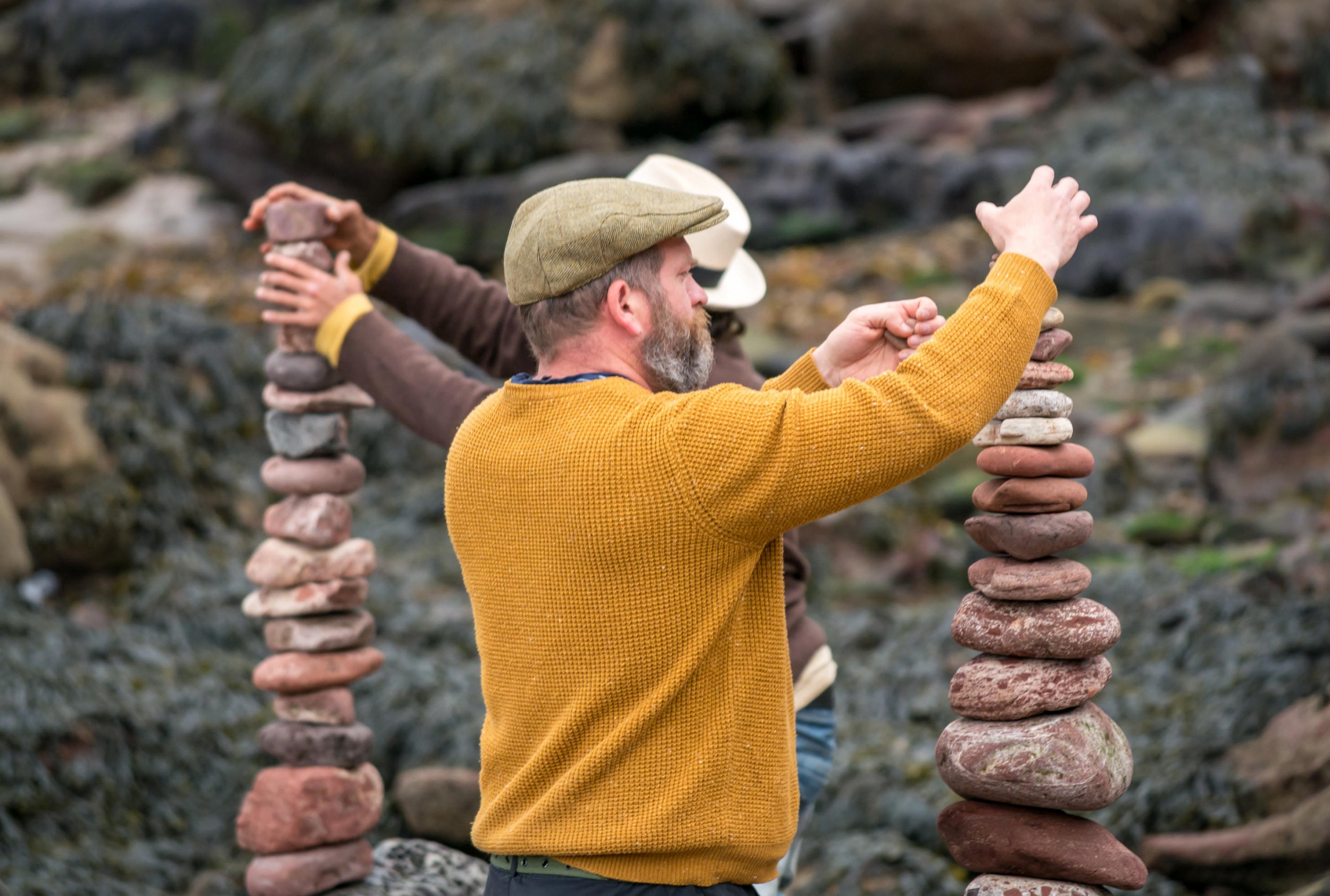 Alamy Live News. ME8HPR Dunbar, Scotland, 22 April 2018. Eye Cave Beach, Dunbar, East Lothian, Scotland, United Kingdom, 22nd April 2018. The second day of the Second European stone stacking competition took place this weekend in Dunbar, organised by Dunbar Street Art Trial. Competitors came from Scotland, UK, France, Austria, USA and Spain. The first competiton of the day was to balance the most number of stones. The winner balanced 29 stones, slightly less than last year's winning 32 stones. Credit: Sally Anderson/Alamy Live News This is an Alamy Live News image and may not be part of your current Alamy deal . If you are unsure, please contact our sales team to check.