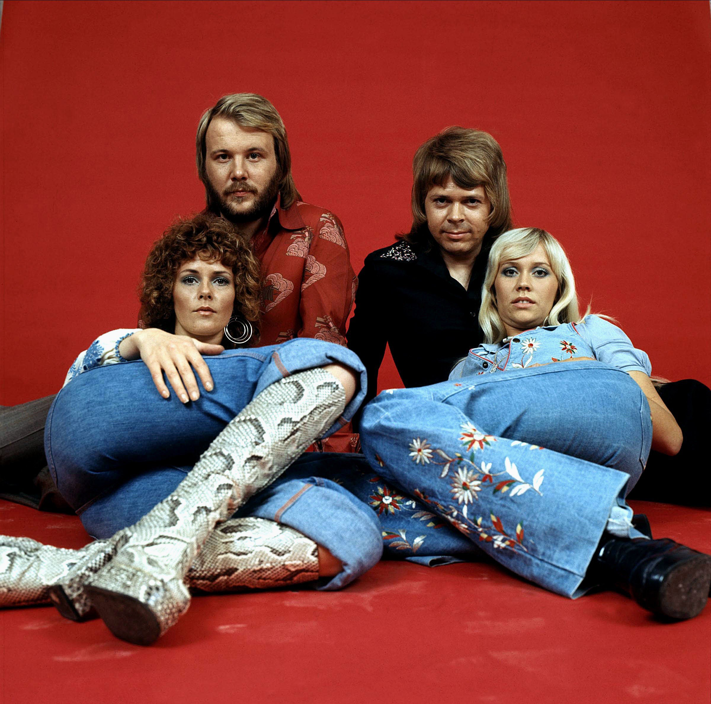How old are Abba members and when did they last tour?
