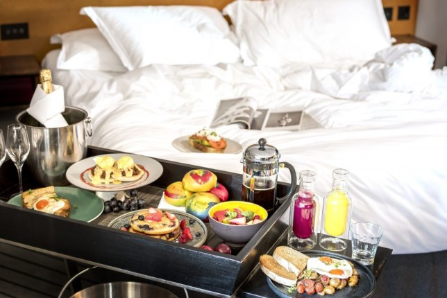 Andaz bottomless brunch in bed