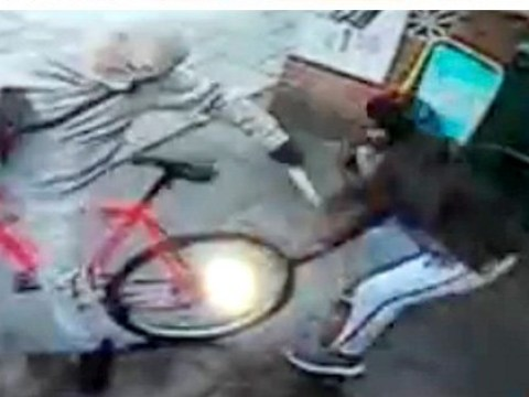 Shopkeepers who fought off robber with chilli powder see justice