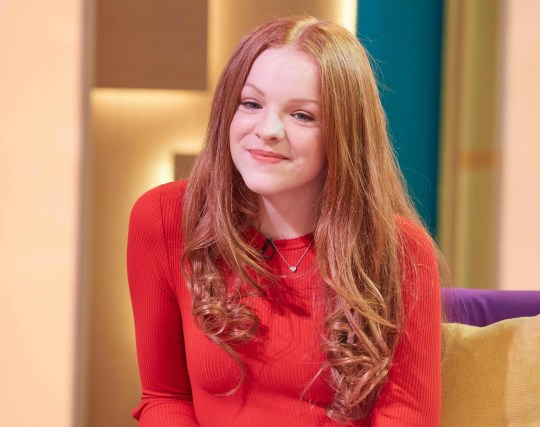 Actress behind voice of Peppa Pig, 16, 'earns £1000 an hour