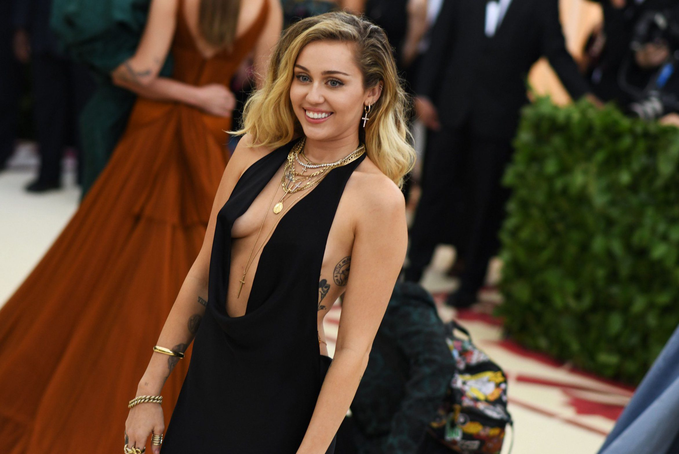 Mandatory Credit: Photo by Nina Westervelt/BEI/REX/Shutterstock (9662984dk) Miley Cyrus The Metropolitan Museum of Art's Costume Institute Benefit celebrating the opening of Heavenly Bodies: Fashion and the Catholic Imagination, Arrivals, New York, USA - 07 May 2018