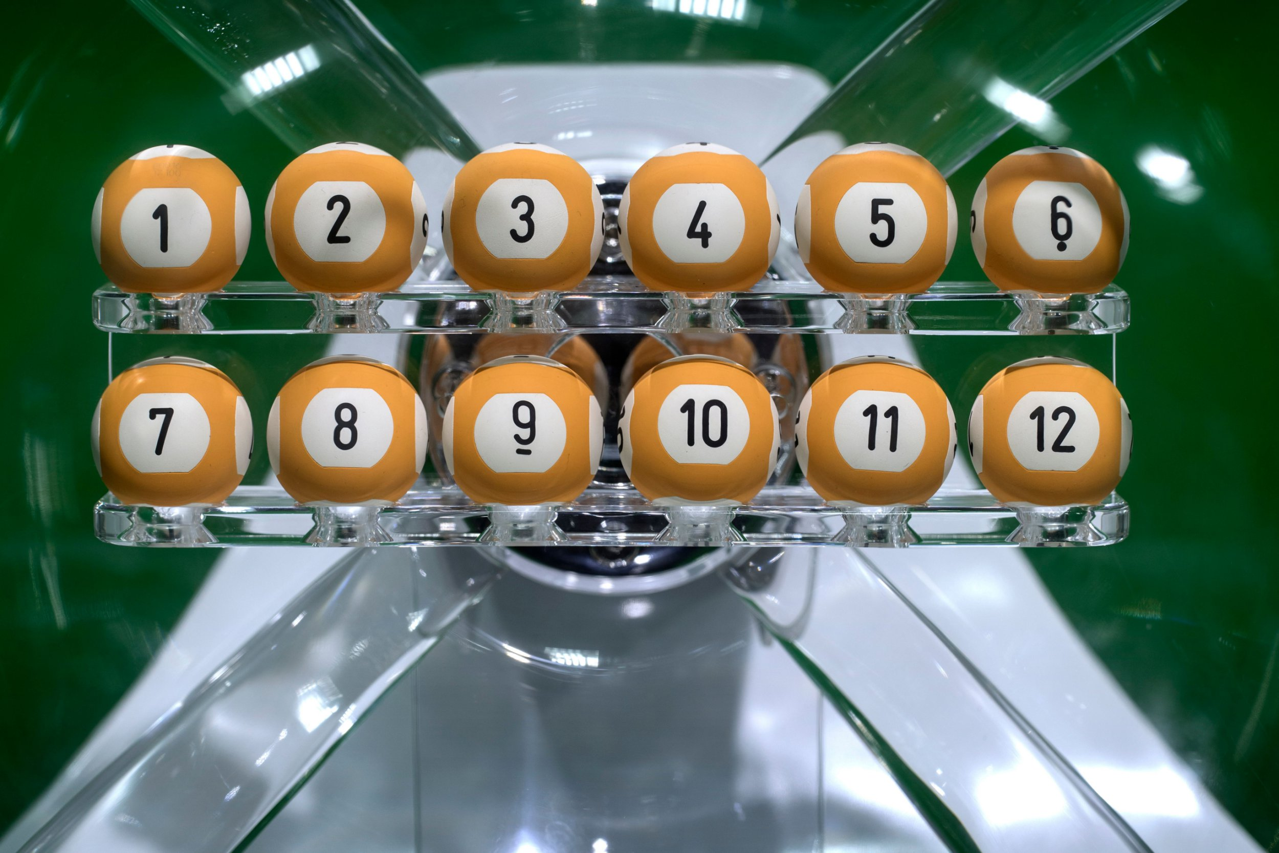 Ridiculously lucky man wins lottery twice in a week