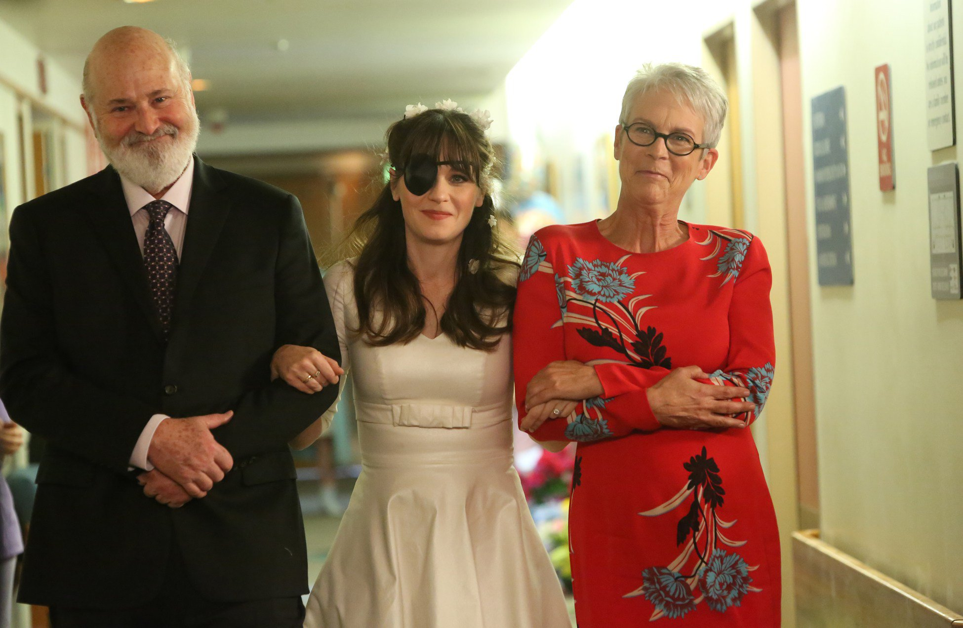 "NEW GIRL: L-R: Guest star Rob Reiner, Zooey Deschanel and guest star Jamie Lee Curtis in ""The Curse of the Pirate Bride,"" the first part of the special one-hour series finale episode of NEW GIRL airing Tuesday, May 15 (9:00-9:30 PM ET/PT) on FOX. ?2018 Fox Broadcasting Co. Cr: Patrick McElhenney/FOX"