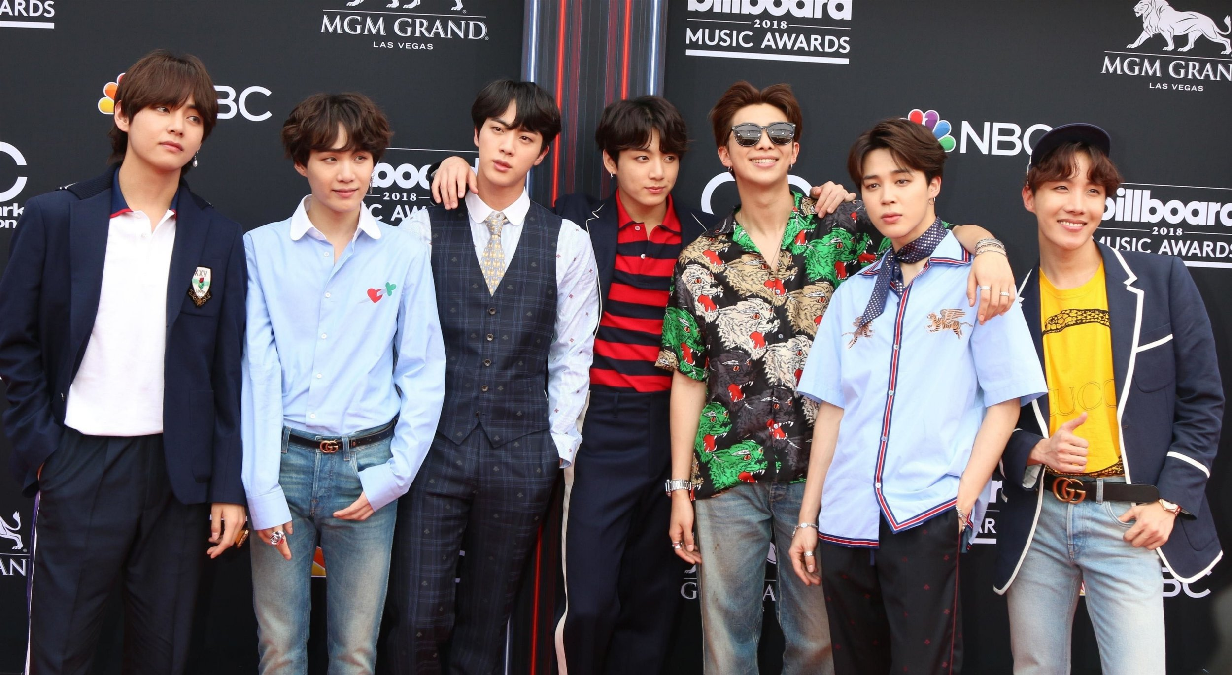 Las Vegas, NV - Celebrities on the red carpet at the 2018 Billboard Music Awards held at the MGM Grand Garden Arena. Pictured: BTS, Jin, Suga, J-Hope, RM, Jimin, V, Jungkook, Rap Monster BACKGRID USA 20 MAY 2018 BYLINE MUST READ: Parisa / BACKGRID USA: +1 310 798 9111 / usasales@backgrid.com UK: +44 208 344 2007 / uksales@backgrid.com *UK Clients - Pictures Containing Children Please Pixelate Face Prior To Publication*