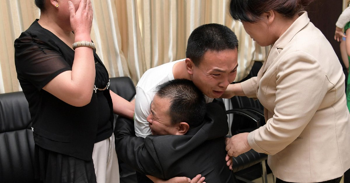 Parents cry for joy as they find missing son after 24 years