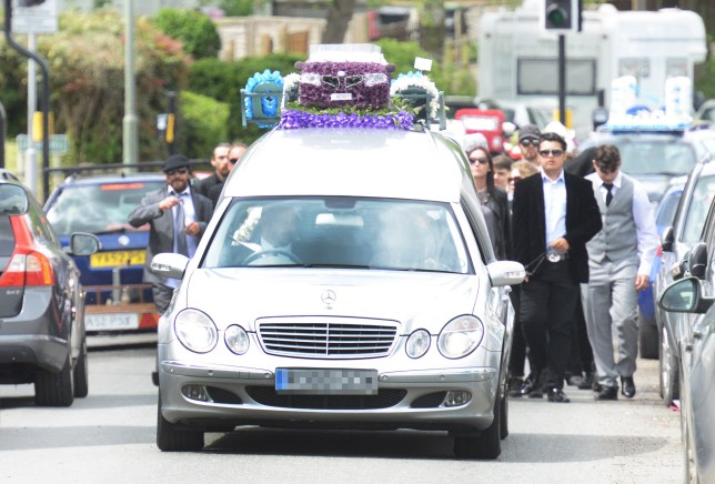 The funeral of Henry Vincent at St Marys C of E Church, St Mary Cray, London. May 3, 2018. See NATIONAL story NNFUNERAL. Vigilanties have formed a road block to stop burglar Henry Vincent's ?100,000 funeral procession from passing the home of the man who killed him. Career criminal Vincent, 37, died after being knifed as he broke into OAP Richard Osborn-Brooks' home in Hither Green, South East London, on April 3. Hundreds of family and friends of the notorious Vincent family are due to gather for the funeral today. A vigilante has parked his car to stop the procession form passing Richard's Hither Green house.