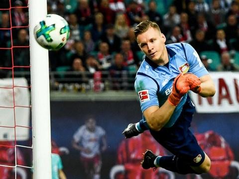 Arsenal in transfer battle with Atletico Madrid for goalkeeper Bernd Leno