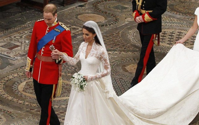 Givenchy Wedding Dress.Kate Middleton S Wedding Dress Beats Meghan Markle S Givenchy
