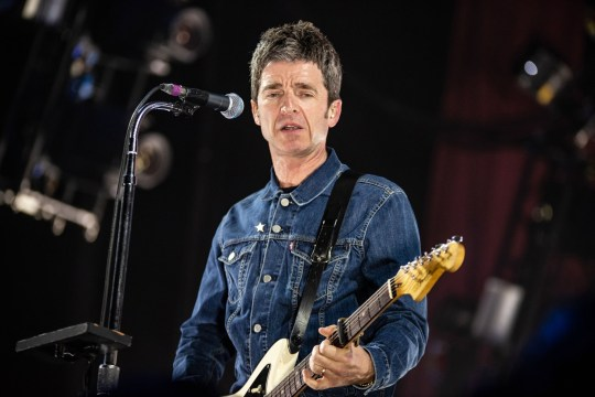 BGUK_1215148 - Glasgow, UNITED KINGDOM - Noel Gallagher's High Flying Birds on stage in concert performing live at The SSE Hydro, Glasgow. Pictured: Noel Gallagher's High Flying Birds, Noel Gallagher BACKGRID UK 24 APRIL 2018 BYLINE MUST READ: REGIONAL MUSIC / BACKGRID UK: +44 208 344 2007 / uksales@backgrid.com USA: +1 310 798 9111 / usasales@backgrid.com *UK Clients - Pictures Containing Children Please Pixelate Face Prior To Publication*