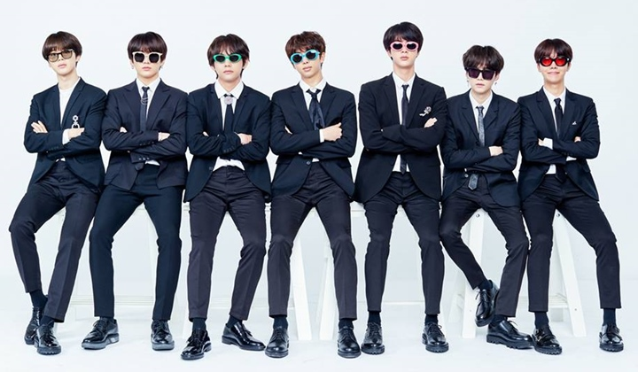 BTS group picture
