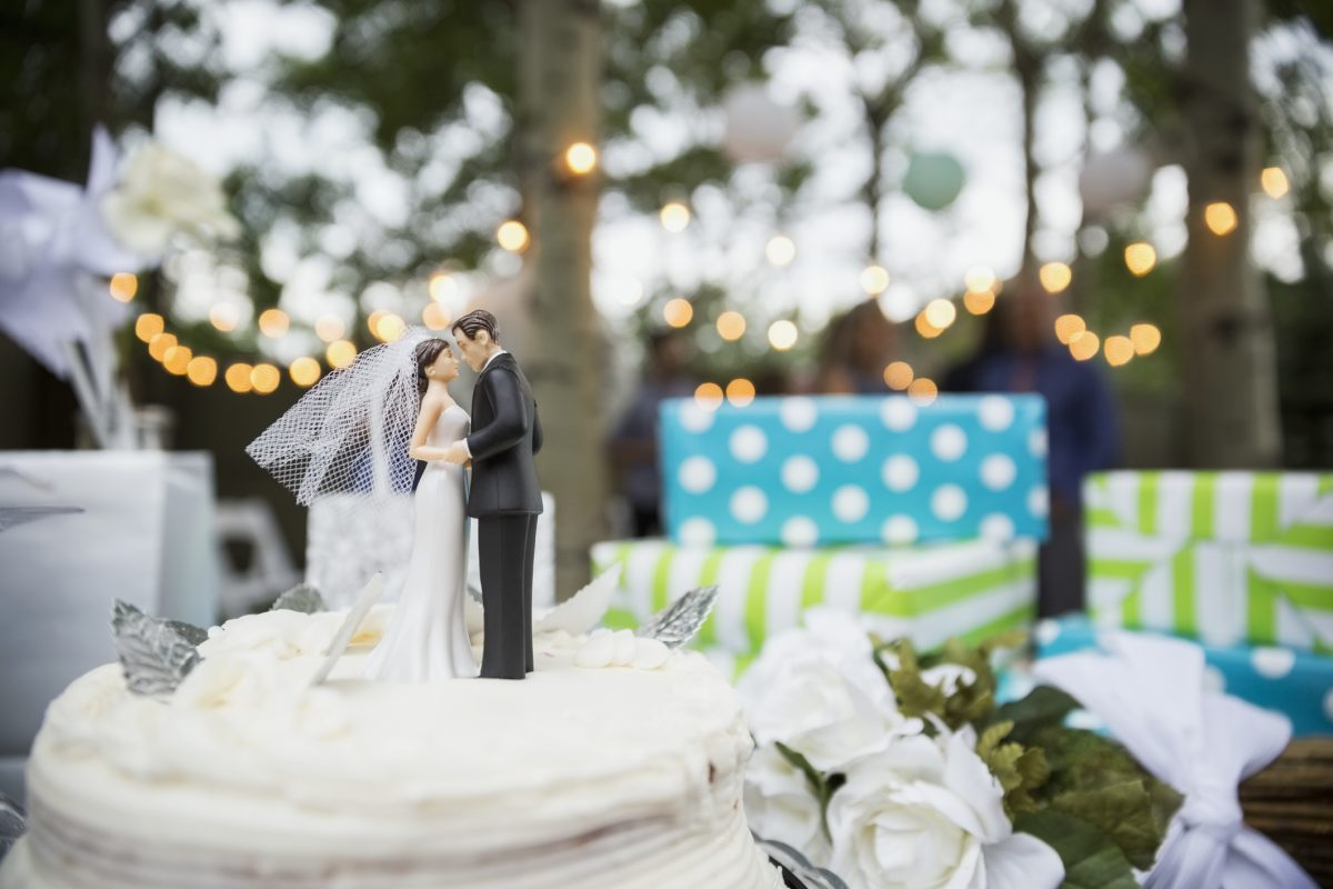 Is the traditional wedding gift list dying out?
