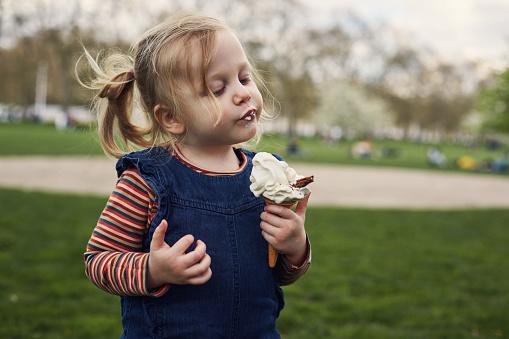 Why kids start emotionally eating