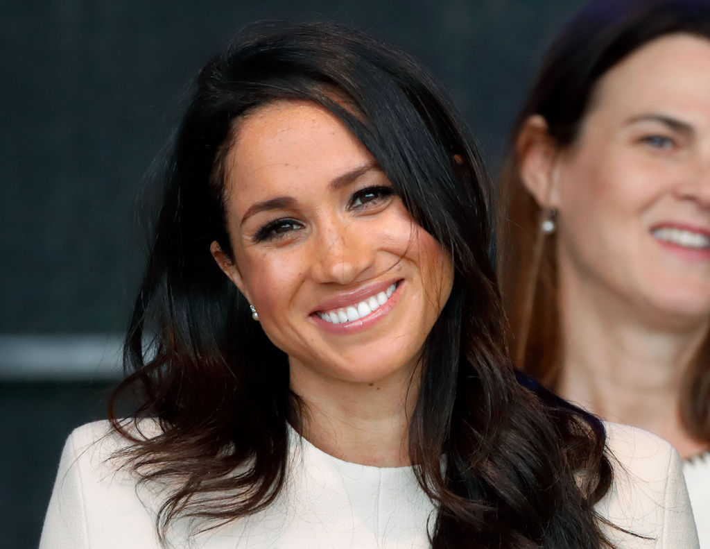 Does this video show that Meghan Markle has adopted a British accent?