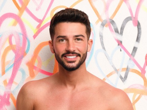 Meet Love Island 2018 new boy Dean Overson, who has modeled with Scott Thomas