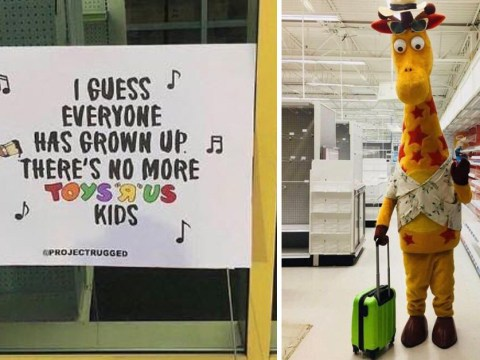 Toys R Us giraffe leaving store for the last time is incredibly depressing
