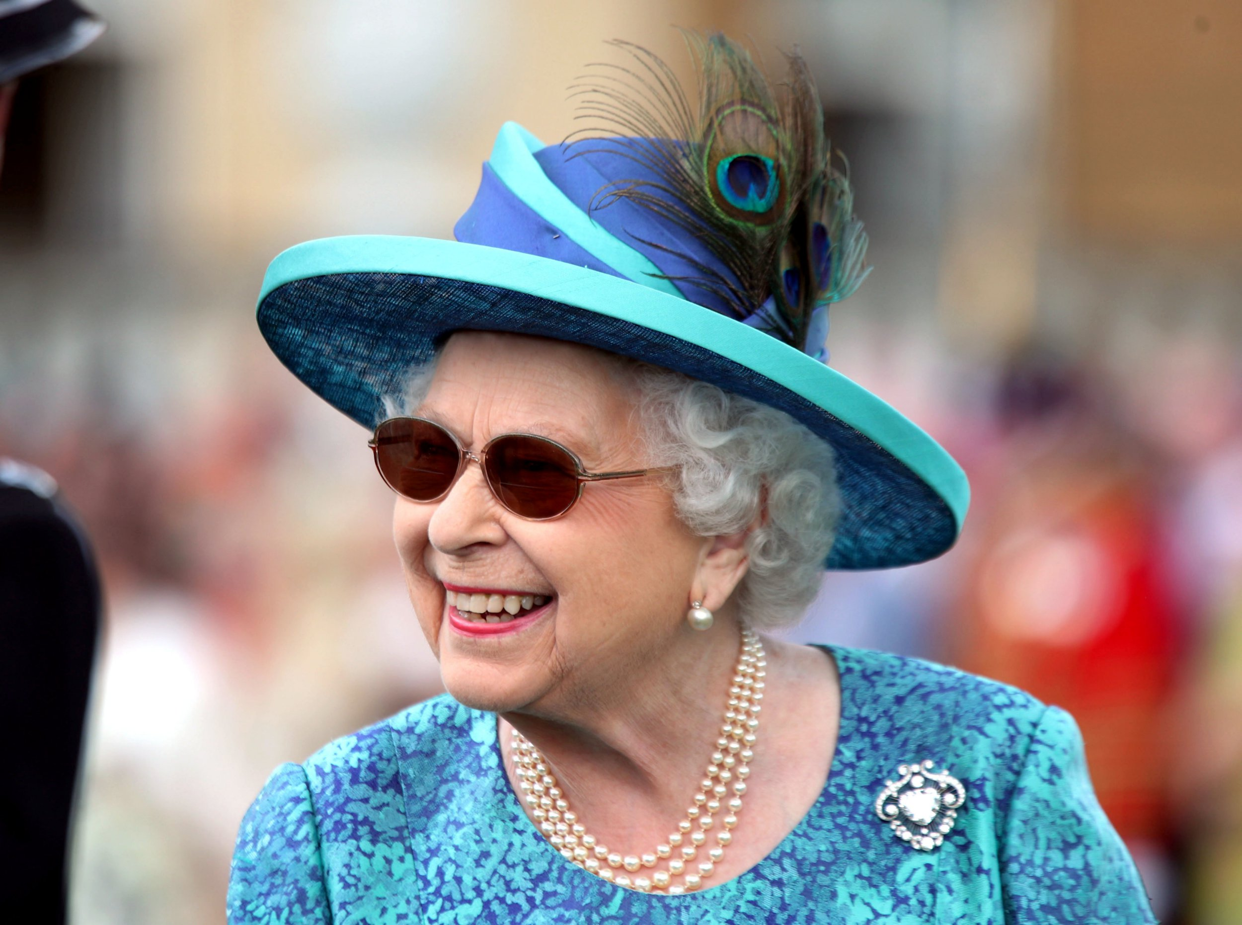 Queen Elizabeth II during a garden party at Buckingham Palace in London. PRESS ASSOCIATION Photo. Picture date: Thursday May 31, 2018. Photo credit should read: Yui Mok/PA Wire