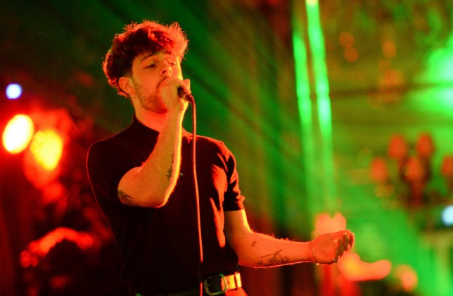 LONDON, ENGLAND - MAY 31: Tom Grennan performs at the Tempus Earth Conservation Gala in aid of the WWF at The Dorchester on May 31, 2018 in London, England.The event is sponsored by Volopa, Waterbear, and Isle Of Man Biosphere. (Photo by Eamonn M. McCormack/Getty Images for Tempus Magazine)