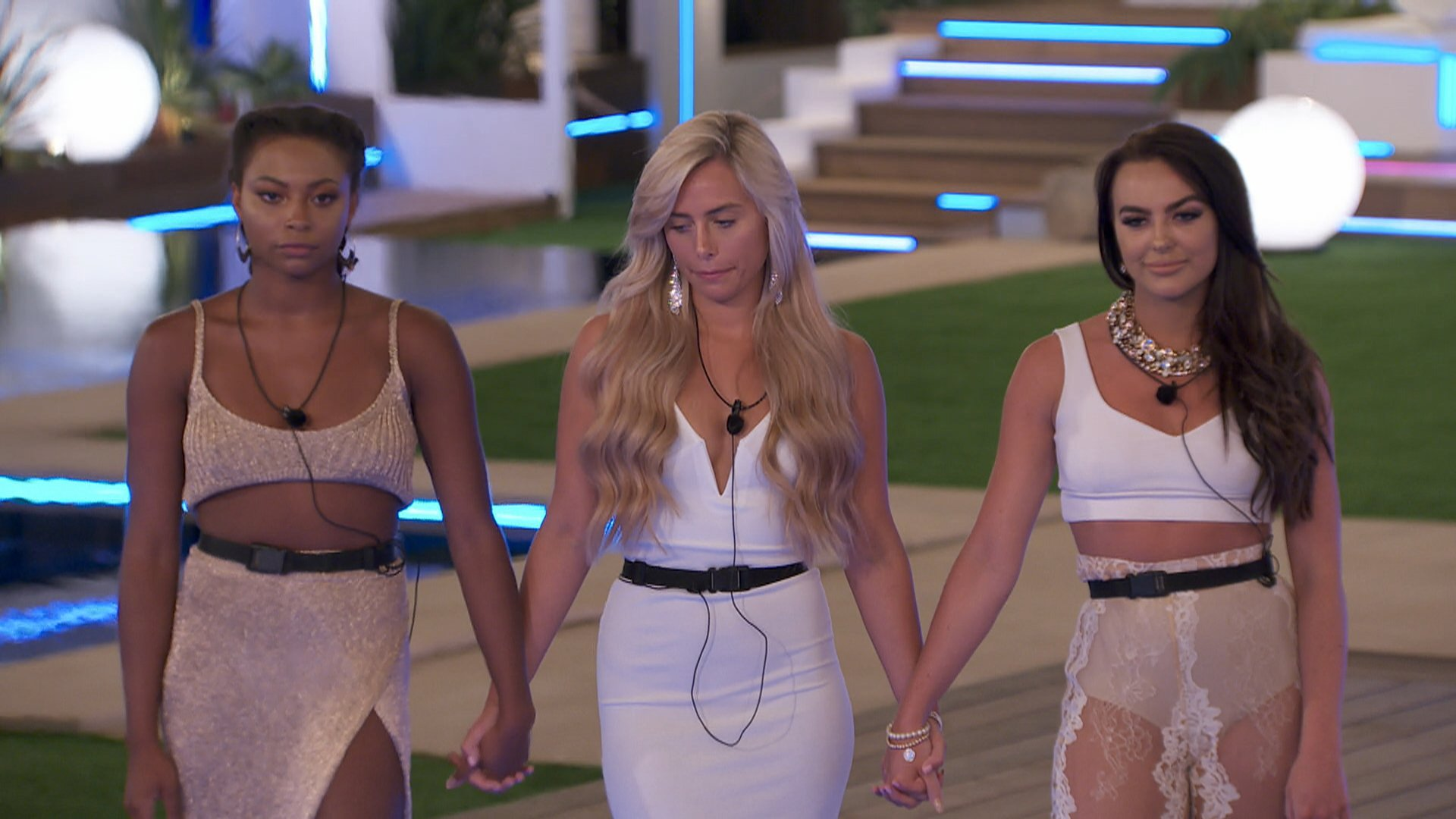 From ITV Studios Love Island: SR4: Ep19 on ITV2 Pictured: The Islanders??? worst fears are confirmed when a surprise text reveals a looming recoupling: Islanders, tonight there will be a recoupling. The boys will choose which girls they want to couple up with and the girl not picked will be dumped from the island. With both Samira and Rosie in a compromising position, having failed to find love, it soon becomes clear that a big decision will lie with new boy Sam. This photograph is (C) ITV Plc and can only be reproduced for editorial purposes directly in connection with the programme or event mentioned above, or ITV plc. Once made available by ITV plc Picture Desk, this photograph can be reproduced once only up until the transmission [TX] date and no reproduction fee will be charged. Any subsequent usage may incur a fee. This photograph must not be manipulated [excluding basic cropping] in a manner which alters the visual appearance of the person photographed deemed detrimental or inappropriate by ITV plc Picture Desk. This photograph must not be syndicated to any other company, publication or website, or permanently archived, without the express written permission of ITV Plc Picture Desk. Full Terms and conditions are available on the website www.itvpictures.co.uk For further information please contact: james.hilder@itv.com / 0207 157 3052