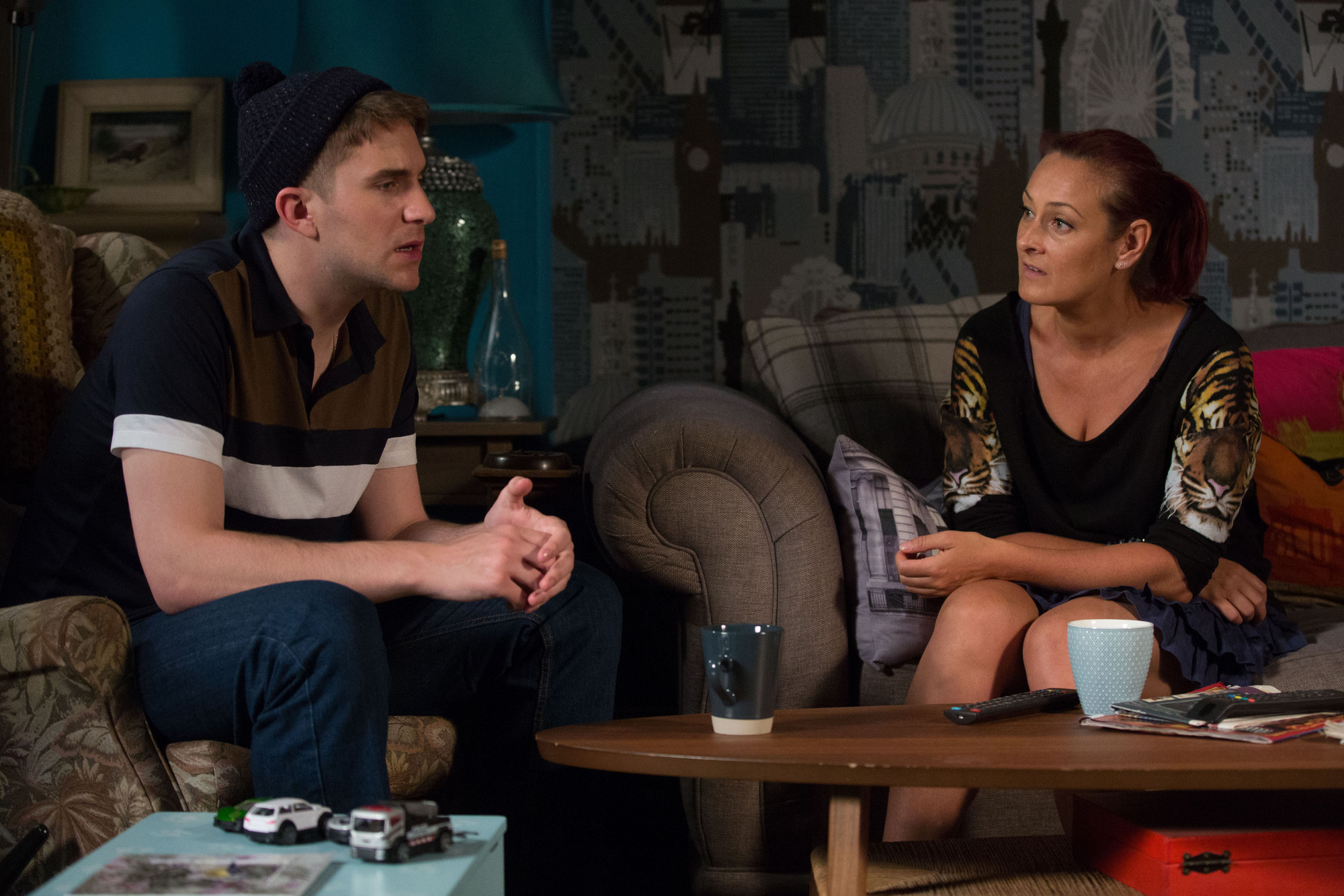 EastEnders spoilers: Halfway is forced to choose between Stuart and the Carters