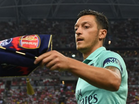 Unai Emery hints that Mesut Ozil could play on the right wing for Arsenal next season