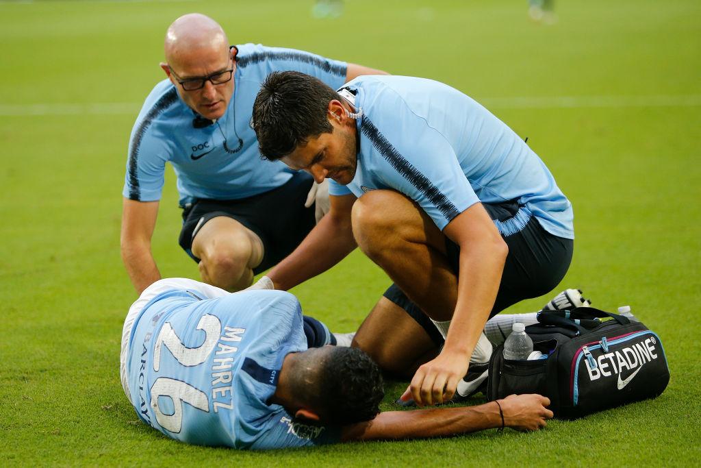 Manchester City provide Riyad Mahrez injury update ahead of Chelsea clash