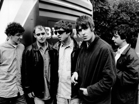 Why did Oasis split up and when did they last play live?
