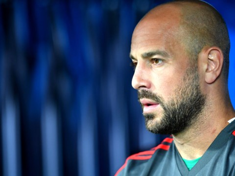 Pepe Reina addresses Chelsea transfer rumours despite AC Milan move
