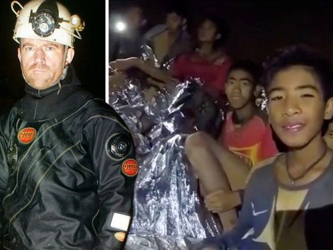 Hero British diver praised for work in rescuing boys from Thailand cave