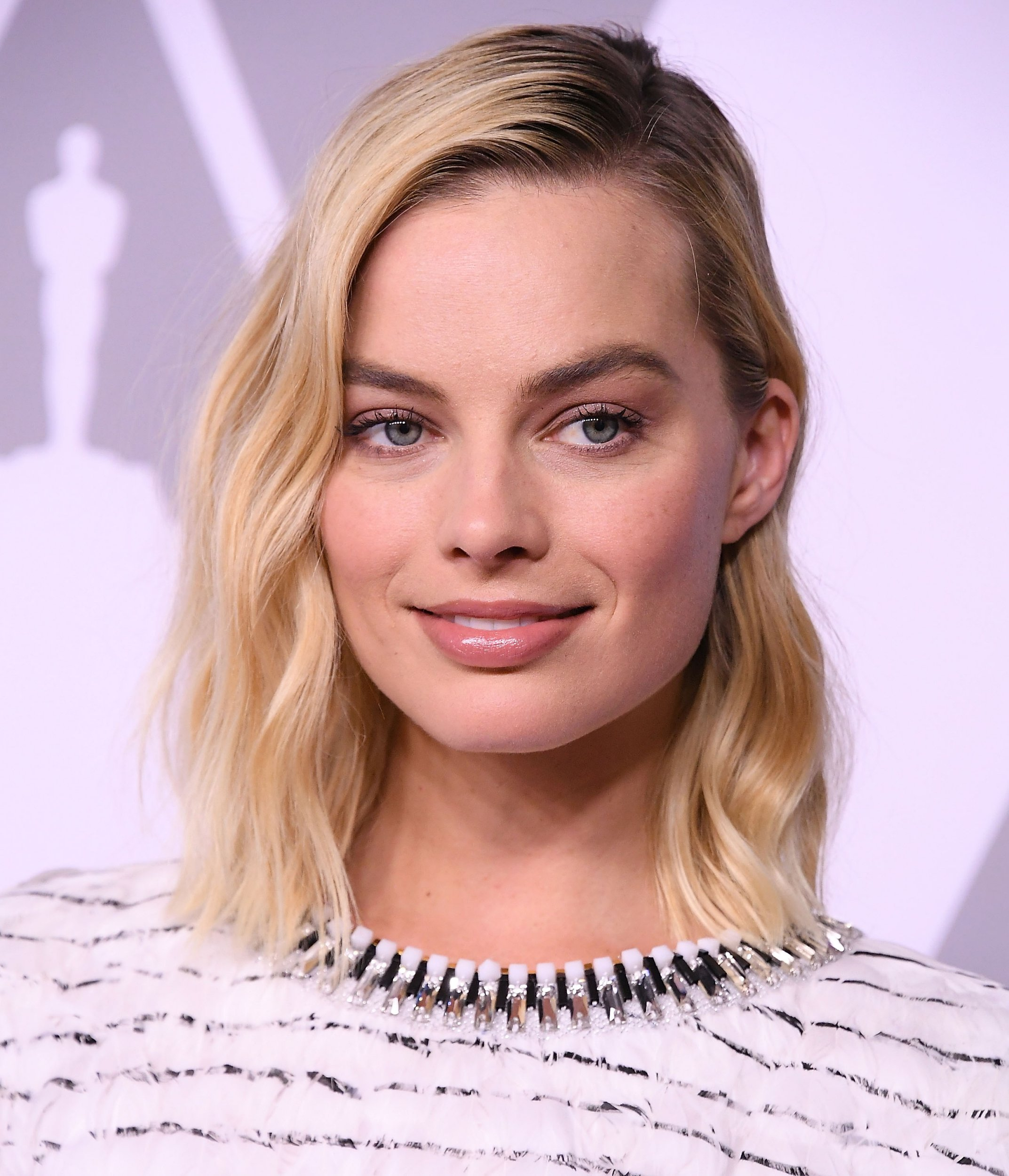 BEVERLY HILLS, CA - FEBRUARY 05: Margot Robbie arrives at the 90th Annual Academy Awards Nominee Luncheon at The Beverly Hilton Hotel on February 5, 2018 in Beverly Hills, California. (Photo by Steve Granitz/WireImage)