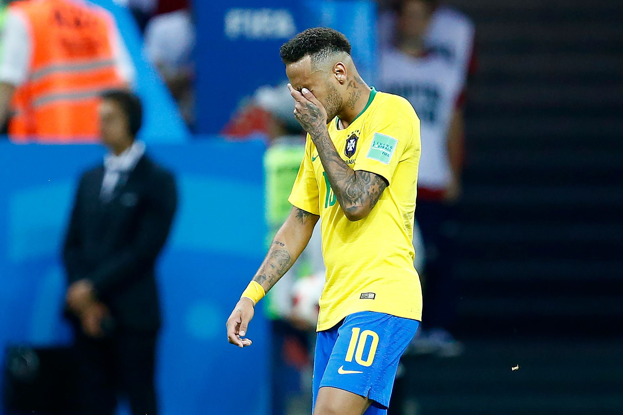 Neymar breaks his silence on diving criticism