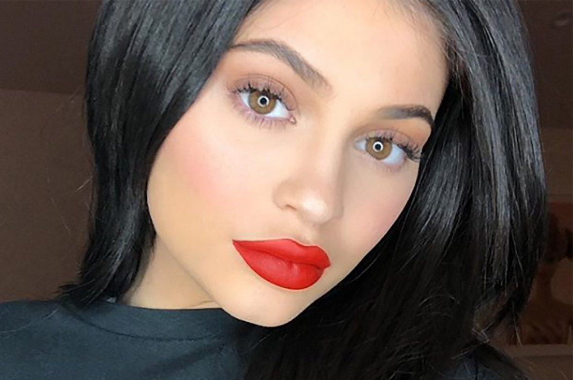 Kylie Jenner has deflated her lips after removing filler METRO GRAB taken from: https://www.instagram.com/p/Bb0Ns7blVz7/?hl=en&taken-by=kyliejenner Credit: Kylie Jenner/Instagram