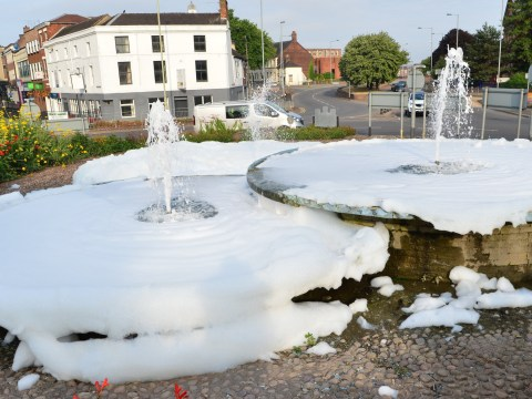 Town centre fountain turned into bubble bath 'with washing up liquid'