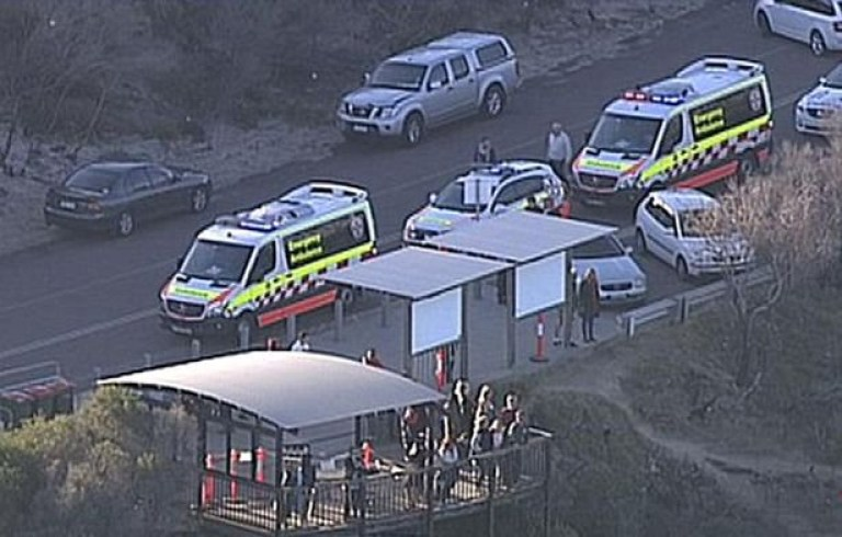 (Picture: 7 News) An 18-year-old man has died after falling from a cliff at a popular whale-watching area in Sydney?s south. Emergency services were called to Cape Solander Drive, Kurnell at 3.30pm on Monday after reports that a man had fallen 10 metres, NSW Police said.
