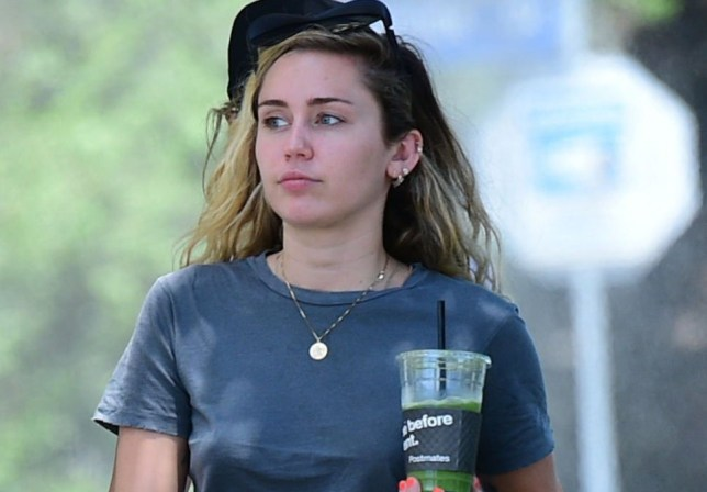 ***Minimum fee ??150 for the set for online use*** EXCLUSIVE ALLROUNDERMiley Cyrus and her mother Tish Cyrus have lunch together Featuring: Miley Cyrus, Tish Cyrus Where: Los Angeles, California, United States When: 31 Jul 2018 Credit: WENN.com