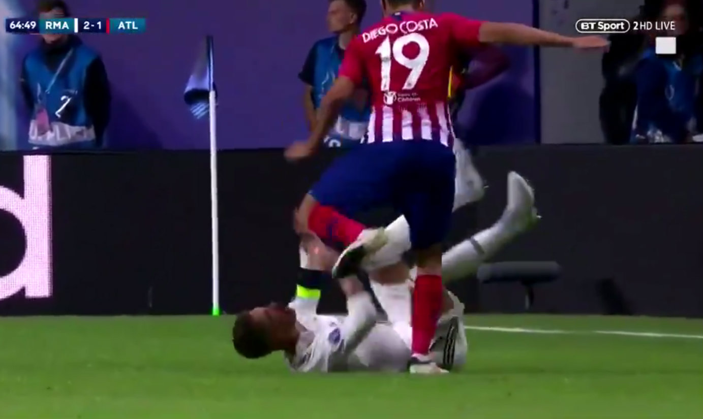 Liverpool fans react as Diego Costa 'accidentally' kicks Sergio Ramos in the head
