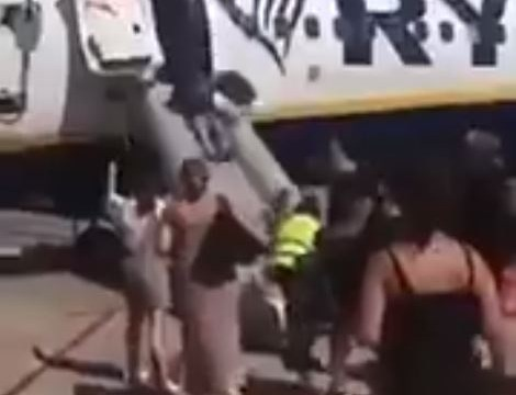 Ryanair passengers show what not to do when your plane is evacuated
