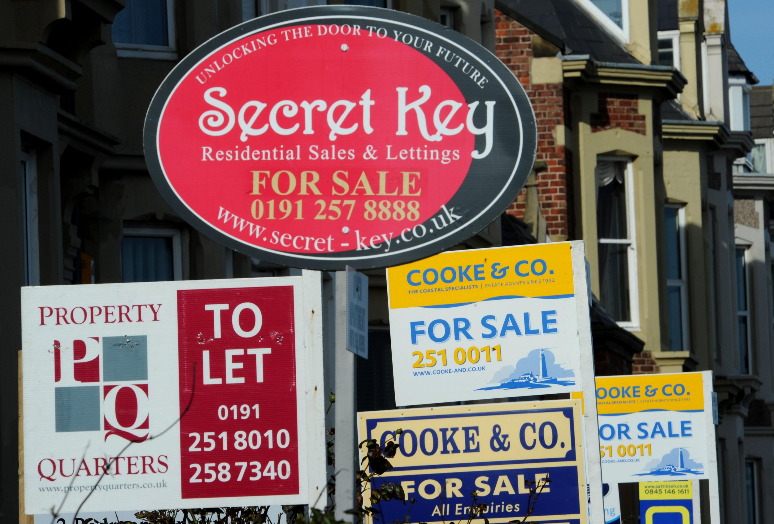 Will house prices drop after Brexit and will a 'no deal' have an impact?