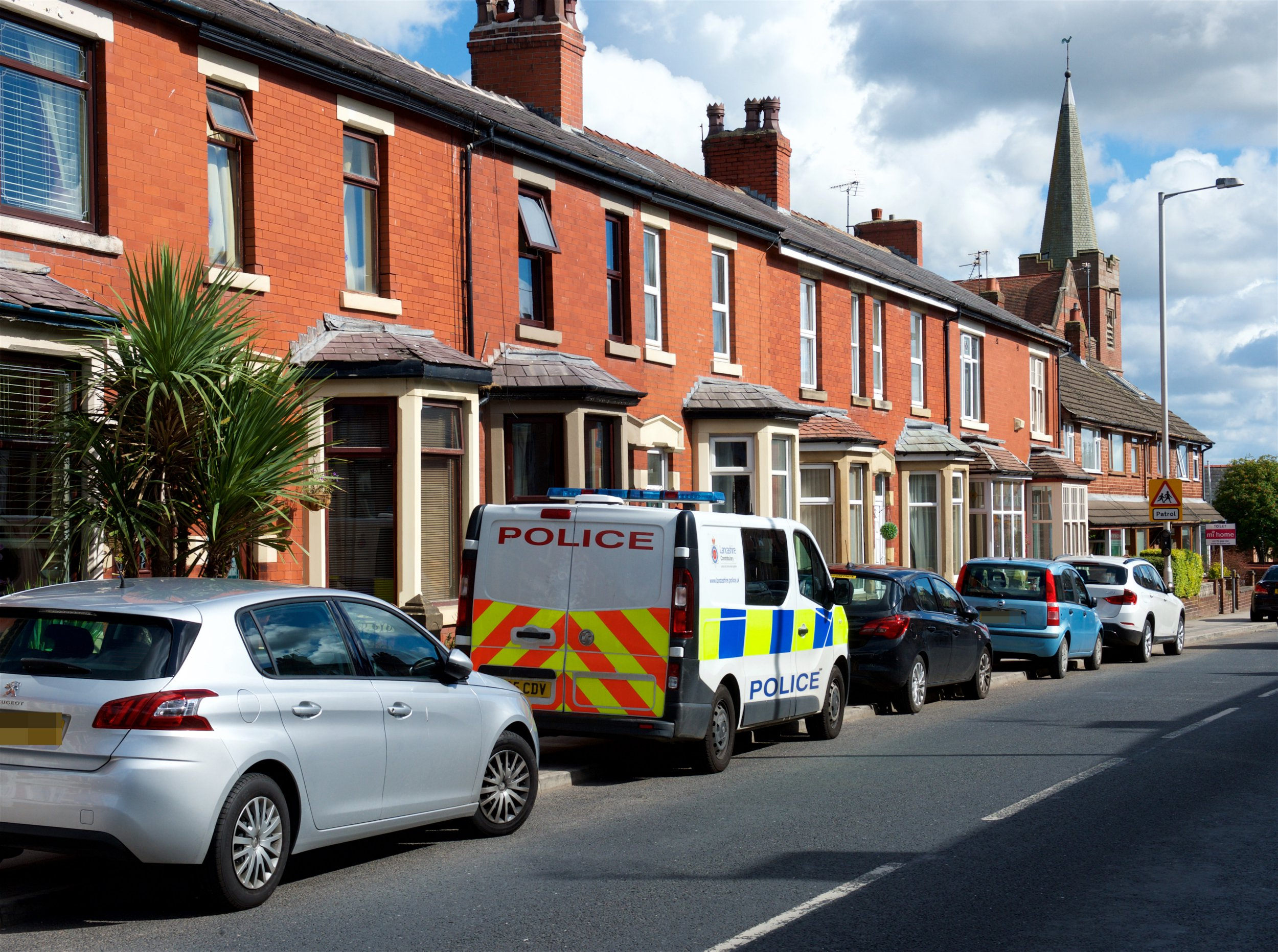 ?? WARREN SMITH 2018 SHOWS THE SCENE 10.8.18 ON GARSTANG RD NORTH WESHAM LANCS. WHERE A NEWBORN BABY WAS FOUND DEAD BY POLICE ON 9.8.18. SEE COPY.