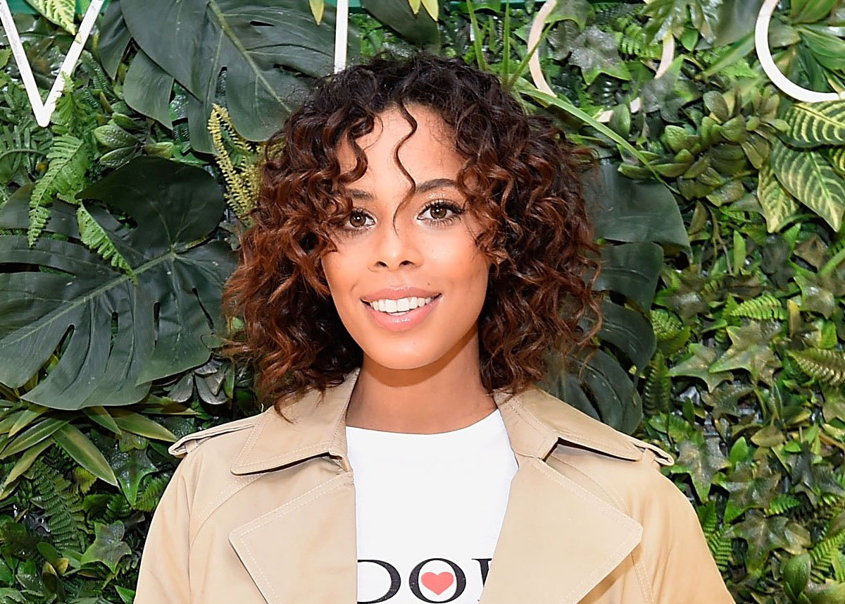 LONDON, ENGLAND - MARCH 22: Rochelle Humes, the face of New Look's SS18 campaign cuts the ribbon to unveil the brand new flagship (24,000 sq ft) New Look store on Oxford Street on March 22, 2018 in London, England. (Photo by David M. Benett/Dave Benett/Getty Images for New Look)