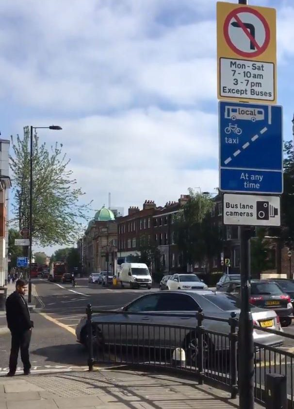 Furious motorists slam council over 'unclear signage' as device racks up almost ??900,000 in just TWO MONTHS Awaiting Permission: https://twitter.com/LundunFeeldz/status/1028960095303086081