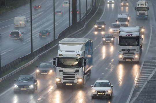 MERCURY PRESS. Liverpool, UK. 24/8/18. Pictured: Heavy traffic and poor visibility caused by spray on the M62 motorway near Warrington this morning on what is expected to be one of the busiest travel days of the year ahead of the August Bank Holiday.