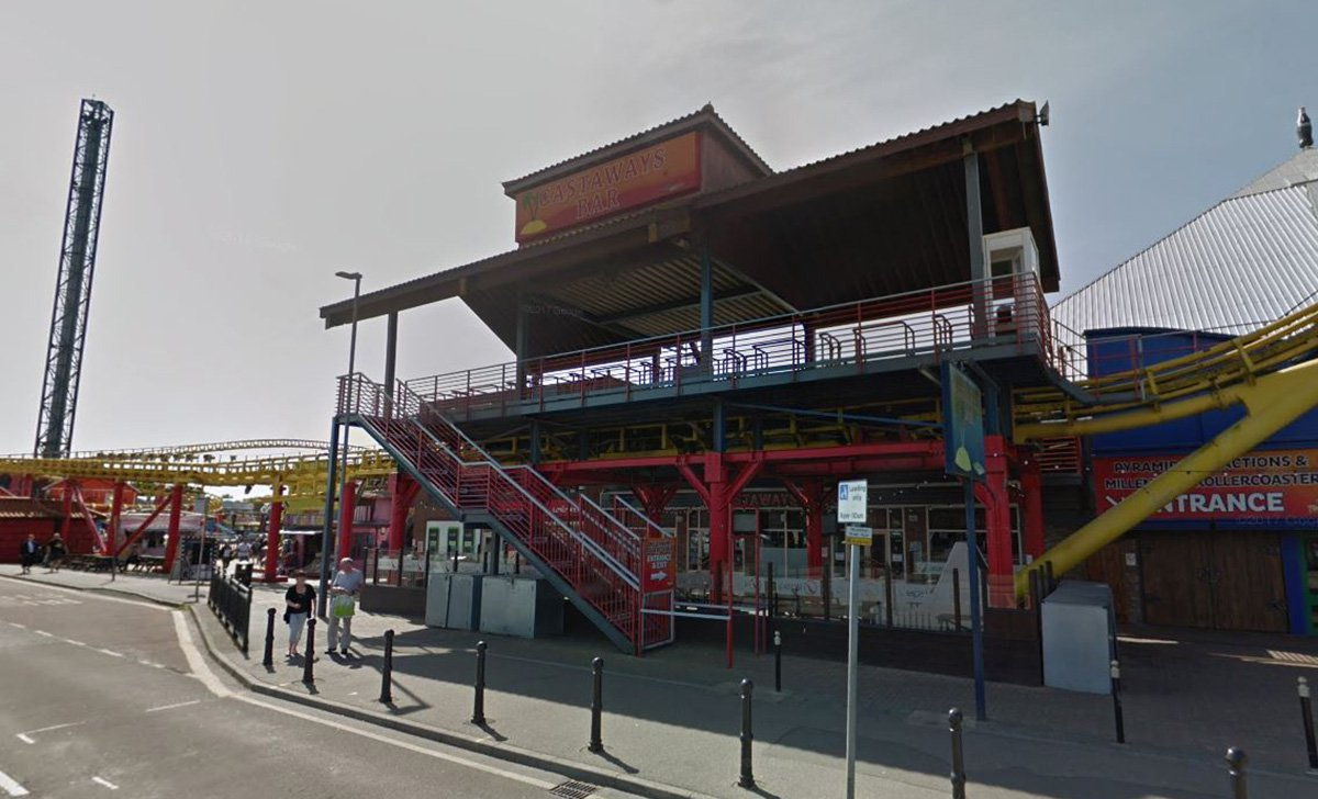 Homeless man smears poo on his face in protest after being jailed Castaway Bar in Skegness Google Maps