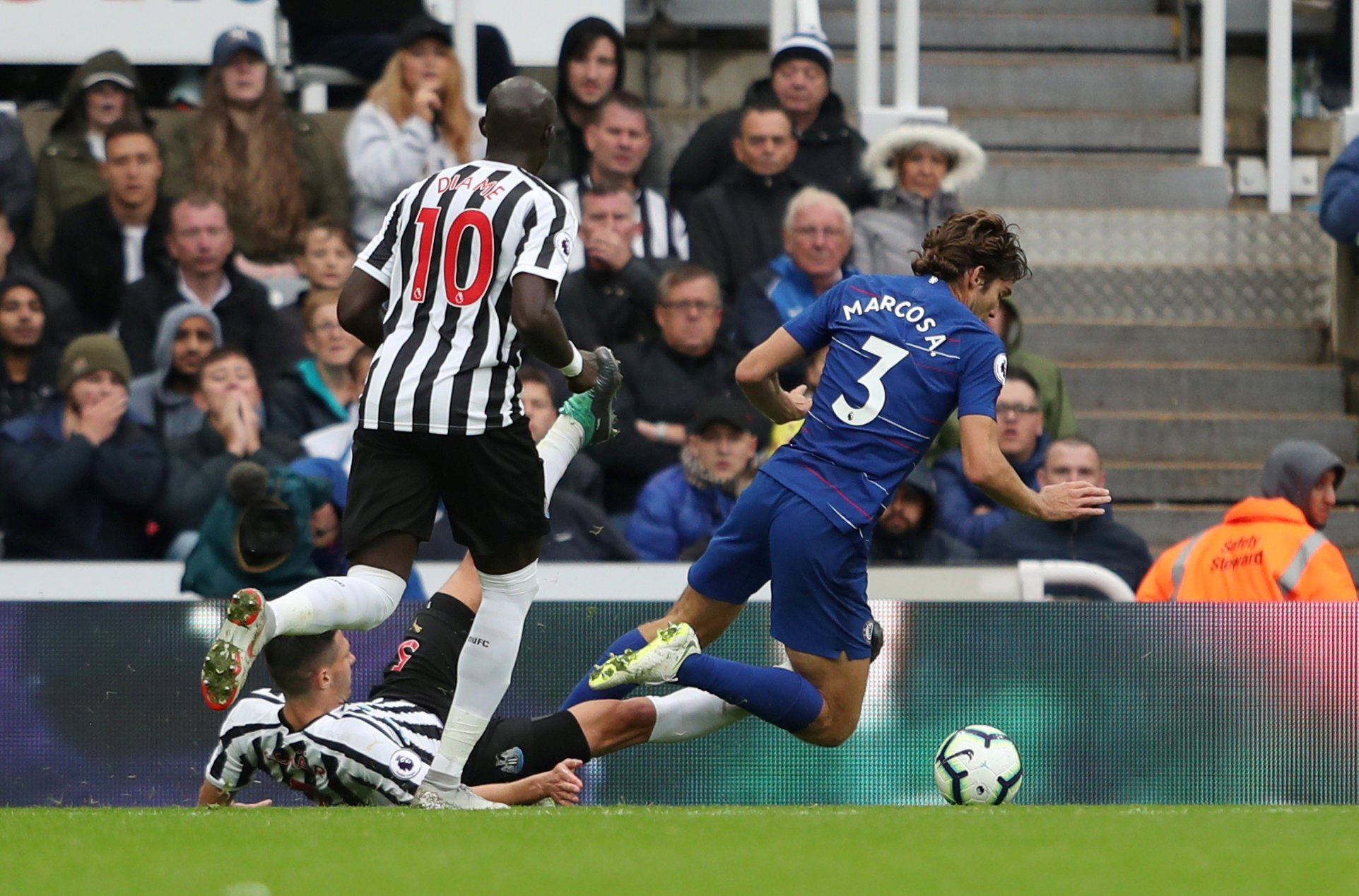 Newcastle V Chelsea Marcos Alonso Speaks Out On Controversial Penalty During Chelsea Win Over Newcastle Metro News