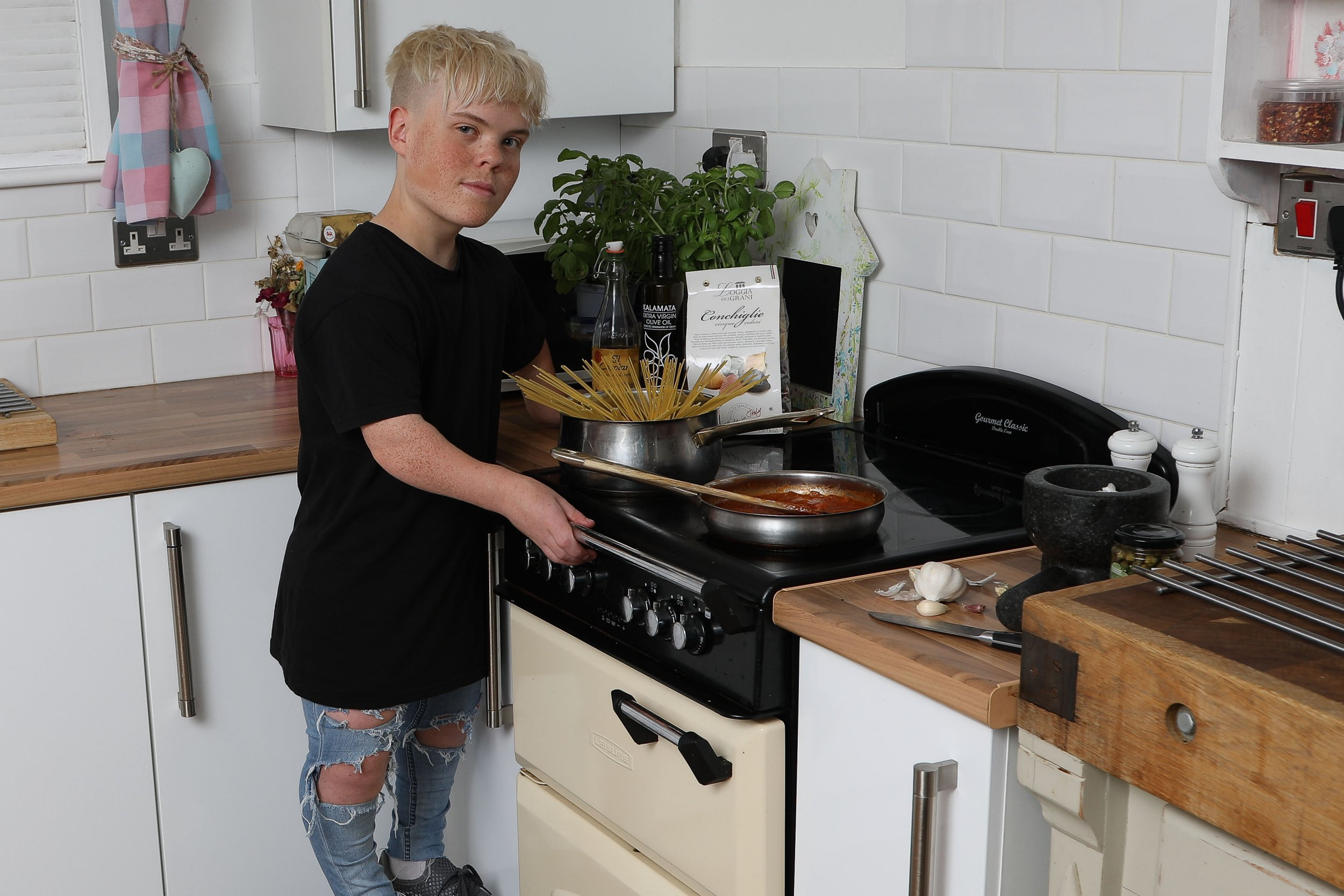 """Louie Makepeace from Worcester, Worcestershire. See News Team story NTIDWARF; A teenage dwarf claims he has been banned from going on a college cooking course because of his size - after being branded a HEALTH AND SAFETY risk. Louis Makepeace, 18, who stands at a just 3ft 10ins, says he is being discriminating against due to his size after being refused a place at Heart of Worcestershire College. He was originally offered a conditional place for the Hospitality and Catering course on August 16 but said they have now backtracked because he is too small for the kitchen. Louis claims college bosses branded him a """"safety risk"""" to the other 14 pupils and said he would cause a """"disruption"""" if he got under their feet."""