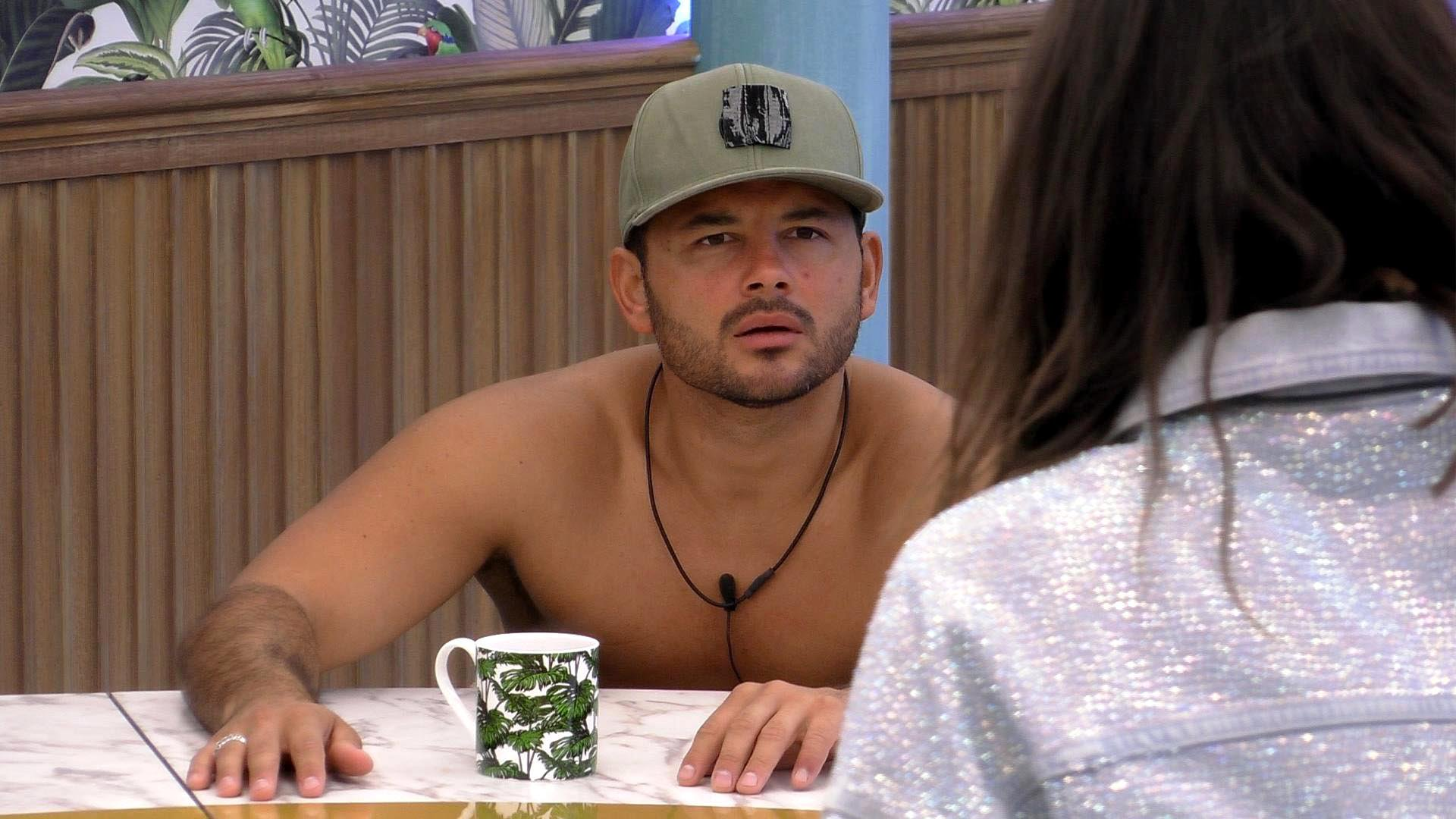 Ryan Thomas' team throw support behind him after Roxanne Pallett incident on Celebrity Big Brother