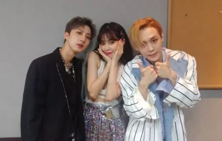 HyunA and E'Dawn confirm they're dating before performing on today's Music Bank