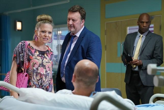 Linda calls Stuart a liar in EastEnders